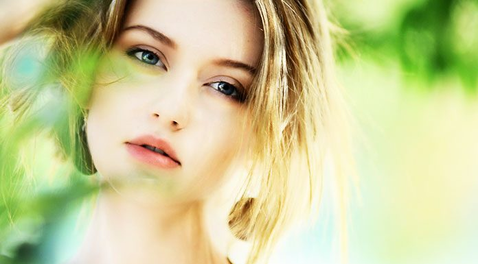7 Trick To Get Glowing Skin Naturally At Home