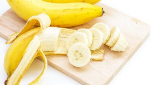Banana Face Mask - 3 DIY Banana Face Mask For Glowing & Dry Skin
