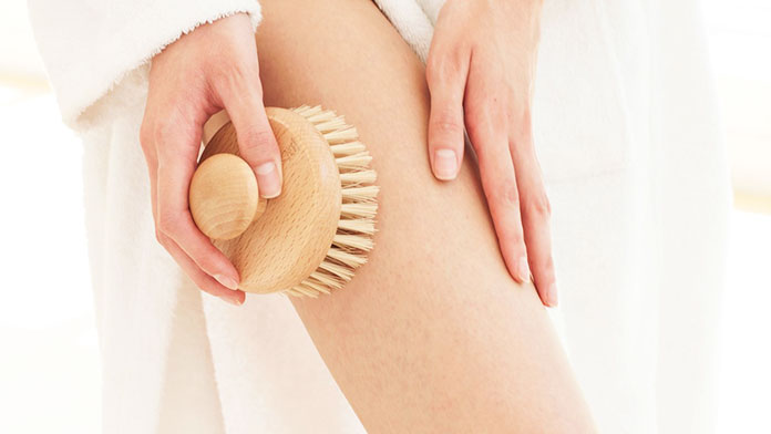 The Direct Effec - The Best Skin Scrubbing Brush - Dry Brushing