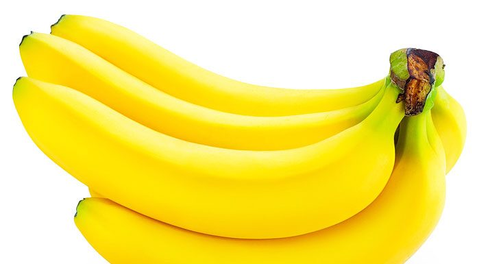 3 DIY Banana Face Mask For Glowing & Dry Skin