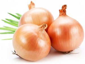 Benefits Of Onion -How-To-Use-Onion-Juice-For-Hair-Growth
