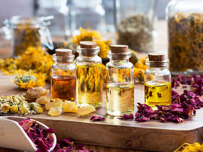 Plant Essential Oils - Best Essential Oil For Skin Repair